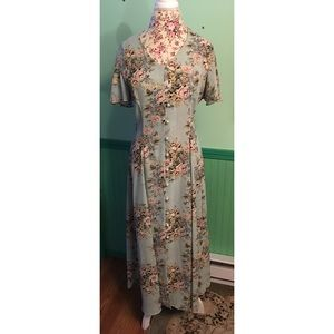 CDC Petites Long Floral Spring Dress 10